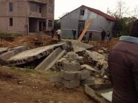 თურქულმა კომპანიამ ბათუმში ტაძრის გალავანი დაანგრია